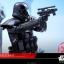 Hot Toys MMS385 ROGUE ONE: A STAR WARS STORY - DEATH TROOPER (SPECIALIST) thumbnail 15