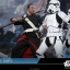 Hot Toys MMS403 ROGUE ONE: A STAR WARS STORY - CHIRRUT ÎMWE (DELUXE) thumbnail 9