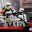 Hot Toys MMS392 ROGUE ONE: A STAR WARS STORY - STORMTROOPER JEDHA PATROL (TK-14057) thumbnail 4
