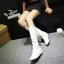 [มีหลายสี] รองเท้าบูทยาวผู้หญิง วีสดุหนังpu จับย่น เสริมส้นสูงด้านใน 2 นิ้ว ด้านหลังเป็นผ้าลายลูกไม้ผูกโบว์ สวย น่ารัก แฟชั่นเกาหลี thumbnail 3