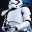 Hot Toys MMS316 STAR WARS: THE FORCE AWAKENS - FIRST ORDER STORMTROOPER SQUAD LEADER thumbnail 11