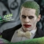 Hot Toys MMS395 SUICIDE SQUAD - THE JOKER (TUXEDO VERSION) thumbnail 8