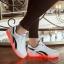 รองเท้ามีไฟ รองเท้า LED สีขาว มีแถบสีดำ2เส้น เปลี่ยนสีได้ 11 สี สินค้าพรีออเดอร์ thumbnail 2