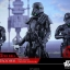 Hot Toys MMS399 ROGUE ONE: A STAR WARS STORY - DEATH TROOPER SPECIALIST (DELUXE VERSION) thumbnail 1