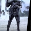 Hot Toys MMS385 Star Wars: Rogue One - Death Trooper (Specialist) thumbnail 9