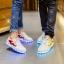 รองเท้ามีไฟ รองเท้า LED สีขาว มีแถบสีแดงดำ เปลี่ยนสีได้ 11 สี สินค้าพรีออเดอร์ thumbnail 2