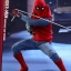 Hot Toys MMS414 SPIDER-MAN: HOMECOMING - SPIDER-MAN (HOMEMADE SUIT VERSION) thumbnail 9