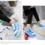 รองเท้ามีไฟ รองเท้า LED สีขาวฟ้า มีลายรูปดาว เปลี่ยนสีได้ 11 สี สินค้าพรีออเดอร์ thumbnail 7