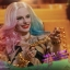 Hot Toys MMS439 SUICIDE SQUAD - HARLEY QUINN (DANCER DRESS VERSION) thumbnail 11