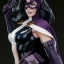 Huntress - Premium Format™ Figure by Sideshow Collectibles thumbnail 9