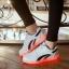 รองเท้ามีไฟ รองเท้า LED สีขาว มีแถบสีดำ2เส้น เปลี่ยนสีได้ 11 สี สินค้าพรีออเดอร์ thumbnail 1