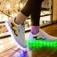 รองเท้ามีไฟ รองเท้า LED สีขาว มีแถบสีเหลืองดำ เปลี่ยนสีได้ 11 สี สินค้าพรีออเดอร์ thumbnail 2