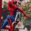 Hot Toys MMS425 MMS426 SPIDER-MAN: HOMECOMING - SPIDER-MAN (DELUXE VERSION) thumbnail 18