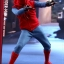 Hot Toys MMS414 SPIDER-MAN: HOMECOMING - SPIDER-MAN (HOMEMADE SUIT VERSION) thumbnail 7