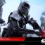 Hot Toys MMS385 Star Wars: Rogue One - Death Trooper (Specialist) thumbnail 18