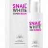 **พร้อมส่ง** Snail White Sunscreen SPF50+ PA++++ 51ml. ผลิตภัณฑ์ป้องกันแสงแดดสำหรับผิวหน้าประสิทธิภาพสูง สูตรบางเบา ผสมสารสกัดจากเมือกหอยทากปกป้องผิว ไม่ให้ถูกทำร้ายจากแสงแดด กระตุ้นการสร้าง คอลลาเจนในผิว ต่อต้านอนุมูลอิสระ จุดด่างดำ และลดเลือนริ้วรอยแห่ง
