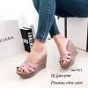 รองเท้าส้นเตารีดหนังเงา Style YSL (สีชมพู)