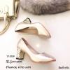 รองเท้าคัทชูส้นฝังเพชร (สีทอง)