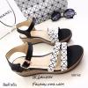 รองเท้าส้นเตารีดสไตล์ BaoBao (สีดำ)
