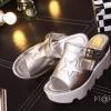 รองเท้าส้นเตารีดสไตล์แฟชั่นเกาหลีลายดาว (สีเงิน)