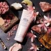 **พร้อมส่ง**Origins Original Skin™ Retexturizing mask with Rose Clay ขนาด 100 ml. มาส์กที่มีเนื้อสครับในตัว ผลัดเซลล์ผิว ขจัดสิ่งอุดตันได้อย่างหมดจด พร้อมคืนความเปล่งประกายให้ผิวดูกระจ่างสดใส ด้วยพลังแห่ง Rose Clay จากเมดิเตอร์เรเนียน ทำความสะอาดรูข ,