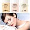 **พร้อมส่ง**Chanel Le Blanc Light Creator Brightening Makeup Base SPF40 PA+++ ไซส์จริง 30 ml. เบสที่ช่วยปรับโทนสีผิวตามธรรมชาติให้สว่างเรียบเสมอกัน ลดรอยตำหนิ เครื่องสำอางติดทนนานยิ่งขึ้น และช่วยให้ผิวเปล่งประกายเป็นธรรมชาติได้ยาวนานถึง 8 ชั่วโมง ,