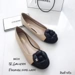รองเท้าคัทชู Style Chanel (สีครีม)