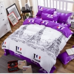 (Pre-order) ชุดผ้าปูที่นอน ปลอกหมอน ปลอกผ้าห่ม ผ้าคลุมเตียง ผ้าโพลีเอสเตอร์พิมพ์ลาย I LOVE PARIS สีม่วง-ขาว