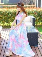 ชุดเดรสยาวสีชมพู คล้องคอ เซ็กซี่ โชว์หลัง ผ้าชีฟอง พิมพ์ลายดอกไม้