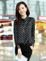 เสื้อทำงานสีดำ พิมพ์ลายจุด แขนยาว คอปก ใส่กับกระโปรง หรือกางเกง ก็สวยเก๋