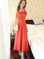 ชุดเดรสยาวสีแดงส้ม สายเดี่ยว แต่งระบาย ผ้าไลคร่า กระโปรงบาน