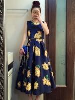 ชุดเซ็ทเสื้อกระโปรงสีน้ำเงิน ลายดอกไม้ แขนกุด แนวย้อนยุค สวยเก๋