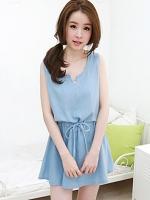 ชุดเดรสสั้นสีฟ้า แขนกุด ผ้ายีนส์ เอวรูดได้ สวยหวาน น่ารัก