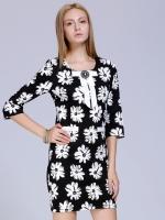 ชุดเดรสสั้นสีดำ แขนสั้น คอกลม ลายดอกไม้สีขาว เข้ารูป สวยดูดี 6-9115-ดำ