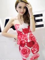 ชุดเซ็ทเสื้อกระโปรงสั้นสีแดง สายเดียว กระโปรงเข้ารูป เสื้อระบายลายดอกไม้