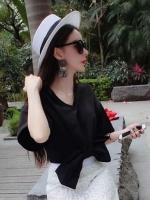 ชุดเซ็ทเสื้อกระโปรงยาว เสื้อคอวีสีดำ กระโปรงยาวผ้าลูกไม้ สวยเก๋