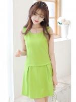 ชุดเซ็ทเสื้อกระโปรงสั้นสีเขียว เสื้อแขนกุด คอกลม สวยๆ น่ารัก