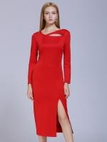 ชุดเดรสยาวสีแดง แขนยาว เอวเข้ารูป ช่วงกระโปรงเย็บผ่าด้านหน้า สวยหรู 6-9153-แดง