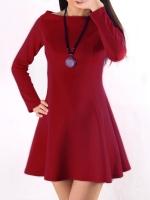 ชุดเดรสทำงานสีแดง แขนยาว เอวเข้ารูป ซิปหลัง กระโปรงบาน สวยหวาน