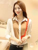 เสื้อเชิ้ตทำงานสีขาว แขนยาว คอปก กระดุมหน้า หน้าอกพิมพ์ลายสีสัน สวยเก๋