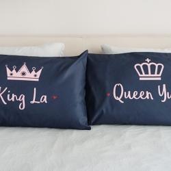 ปลอกหมอนหนุนคู่ พิมพ์ลายเต็มผืน Navy - King & Queen - Pink
