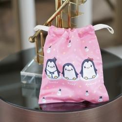 ถุงผ้าซาติน ลาย Penguin - Pink