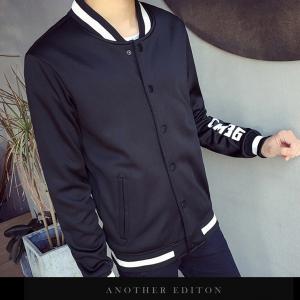 เสื้อเเจ๊คเก็ต สีดำ