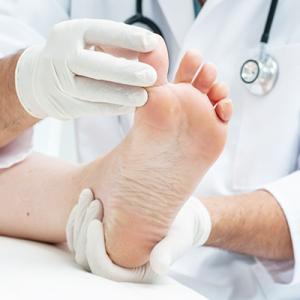 คำแนะนำในการดูแลรักษาเท้าสำหรับผู้ที่เป็นเบาหวาน