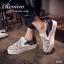 รองเท้าผ้าใบเสริมส้นแต่งลายลูกไม้ (สีขาว) thumbnail 1