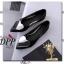รองเท้าคัทชูส้นแบนแต่งหัวใจ (สีขาว) thumbnail 8