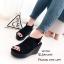 รองเท้าส้นเตารีดหนังกลับสไตล์ลำลอง (สีดำ) thumbnail 1
