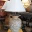 โคมไฟตั้งโต๊ะ ทำจากแจกันดินเผาด่านเกวียน ลวดลายกราฟฟิค สีโคลนน้ำตาล-แดง thumbnail 1