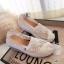 รองเท้าผ้าใบลูกไม้ถักเสริมส้น (สีเทา) thumbnail 3