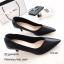 รองเท้าคัทชูหุ้มส้นทรงวี (สีดำ) thumbnail 1